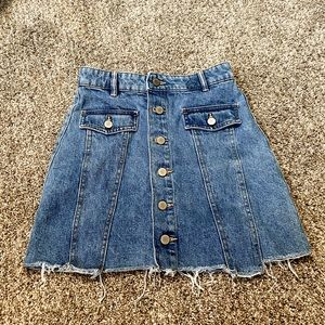 Zara raw hem button denim skirt